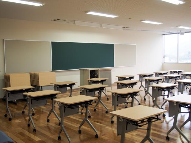 小学校の模擬教室